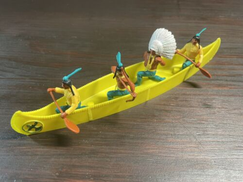 Timpo Indian War Canoe - Yellow Colour - Wild West - 1970's