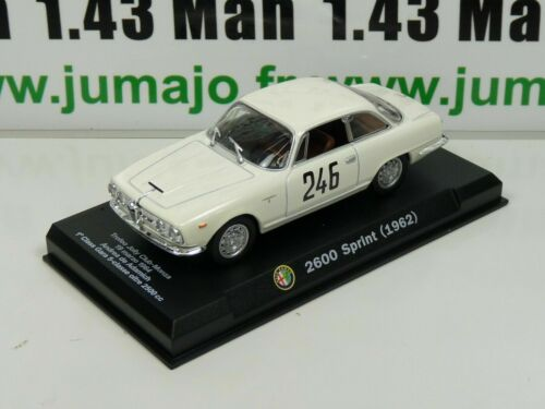 IT76N Voiture 1/43 Hachette ALFA ROMEO collection : 2600 SPRINT 1962 blanche