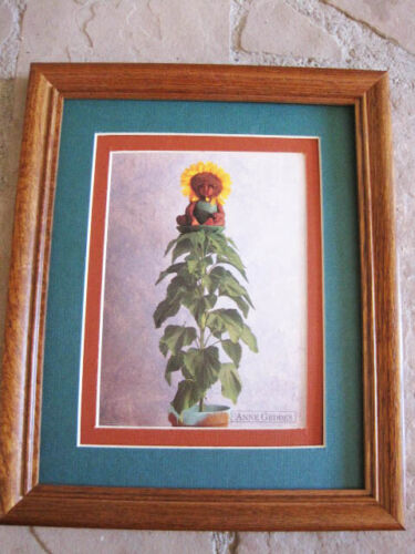 Anne Geddes HENNOCK ON SUNFLOWER wood frame double matted with glass 8 x 10