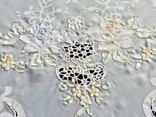 FABULOUS VINTAGE WHITE ORGANDY HAND EMBROIDERED BANQUET SIZE TABLECLOTH UNUSED