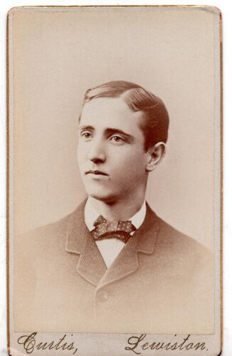 Vintage Cabinet Card Photo of Young Man – Lewiston Maine