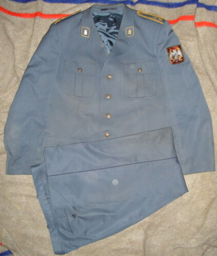 SERBIA YUGOSLAVIA MILITARY AIR FORCES OFFICERS UNIFORM Other Militaria - 135