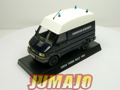 CR32 voiture POLICE 1/43 CARABINIERI : IVECO Turbo Daily 1992