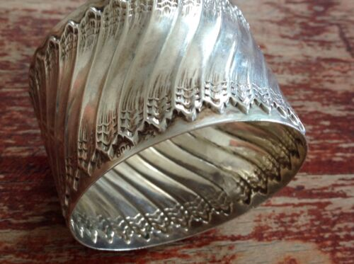Antique German solid silver Baroque style napkin ring
