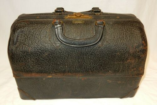 ANTIQUE DOCTORS BLACK BAG CENTER OPEN WITH CLASPS EMDEE BY SCHELL 2293363