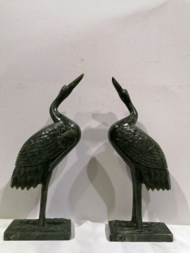 COPPIA DI CICOGNE IN GIADA SCOLPITE A MANO PAIR OF JADE STORKS CARVED BY HAND