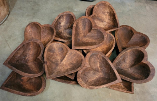 Lot of 20 Carved Wooden HEART Shaped Dough Bowl Primitive Wood Trencher 11-14""