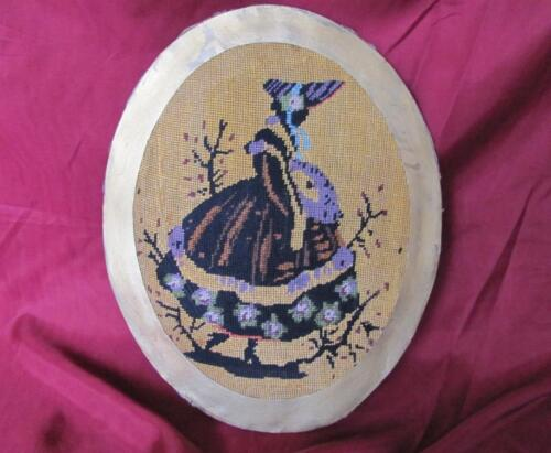 19C. ANTIQUE HAND EMBROIDERED OVAL TAPESTRY GOBELIN w/LADY