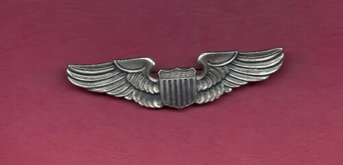 Vintage US Pilot Wings Full Size Wings Badge Large V on back with eagle USA MadeOther Militaria - 135