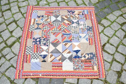 Vintage Turkish Textile Patchwork 34'' x 34'' Wall Hangings Piece Textile Cover