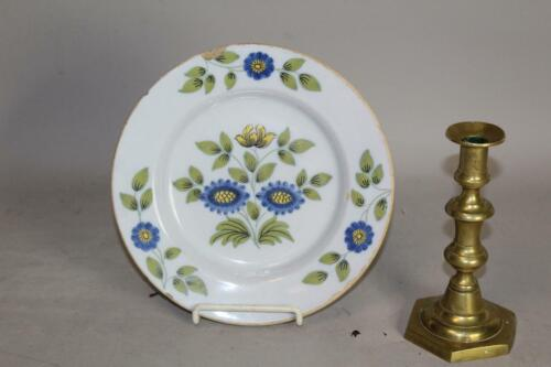 "A RARE 17TH C DELFT TIN GLAZE POLYCHROME 9"" PLATE WITH A GREAT FLORAL DESIGN"