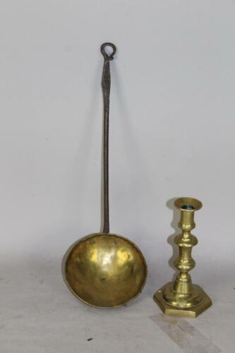 A RARE 18TH C NEW ENGLAND WROUGHT IRON AND BRASS DIPPER WITH A PIG TAIL HANDLE