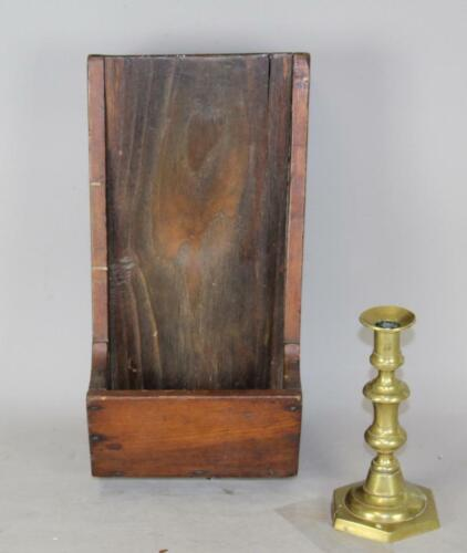 A FINE EARLY 19TH C HANGING WALL SCOURING BOX IN THE BEST OLD ATTIC SURFACE