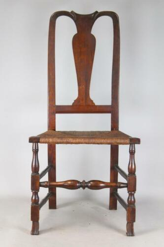 RARE 18TH C NEWBURYPORT, MA QA SPANISH FOOT SIDE CHAIR CRAVED CREST IN WALNUT
