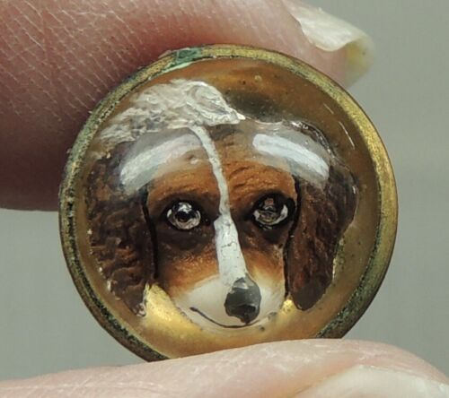 ANTIQUE GLASS REVERSE PAINTED INTAGLIO BUTTON ~ DOG HEAD