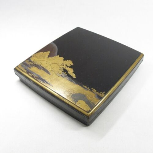 C562: Japanese really old lacquered ink stone case w/great MAKIE and rare SUZURI