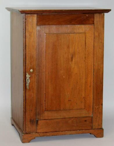 18TH C PHILADELPHIA PA CHIPPENDALE TABLE TOP BRACKET BASE COLLECTION CUPBOARD