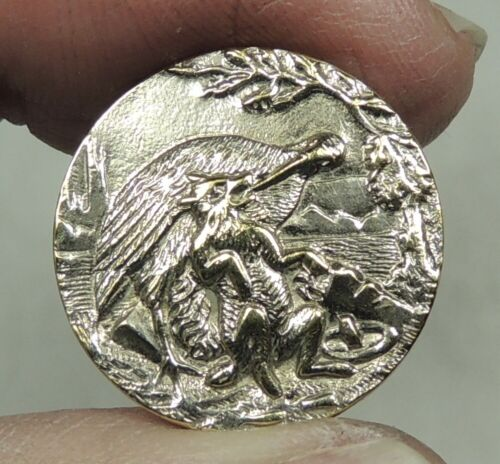 ANTIQUE SM SILVERED BRASS PICTURE BUTTON ~ THE FOX & THE STORK FABLE PARIS BACK