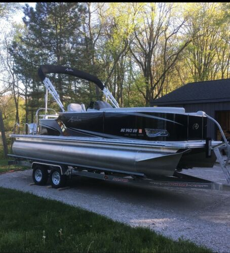 Avalon Pontoon Boat w/ Trailer and extras <br/> Rare Spec, Custom Ordered, Modern Colors