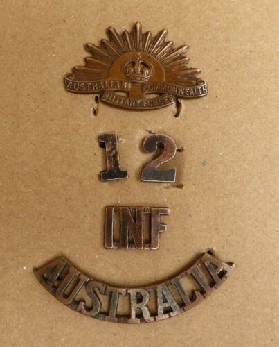"""WW1 AIF AUSTRALIAN """"INF"""" SHOULDER TITLE 12TH NUMERAL AND RISING SUN COLLAR BADGE1914 - 1918 (WWI) - 13962"""