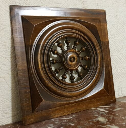 Spindle target design wood carving panel Antique french architectural salvage