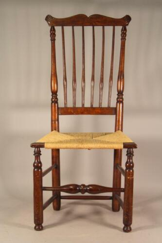 A RARE 18TH C CT COUNTRY CHIPPENDALE CHAIR WITH A WINDSOR BACK CARVED CREST