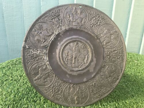 SUPERB 16thC GOTHIC PEWTER PLAQUE WITH MALE FIGURE ON HORSE, GOTHIC HEADS c1590s