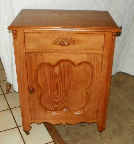 Mid 1800's Chestnut Washstand Cabinet with Towel Rack  (DR64)