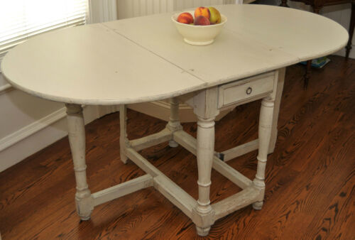 SWEDISH PAINTED GATE LEG TABLE ca 1800 ORIGINAL PAINT
