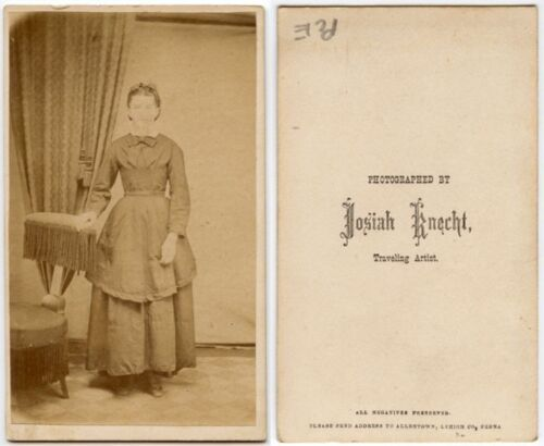 YOUNG LADY IN BEAUTIFUL DRESS BY TRAVELING ARTIST KNECHT ANTIQUE CDV