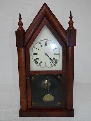 ANTIQUE CATHEDRAL MANTLE CLOCK WATERBURY THOMAS GILBERT ?