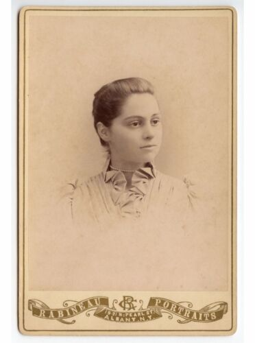 YOUNG LADY W/ RUFFLES   PEARLS BY RABINEAU, ALBANY, N.Y., VINTAGE CABINET PHOTO