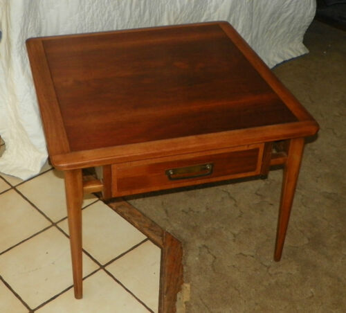 Mid Century Lane Walnut and Ash End Table / Coffee Table  (CT66)