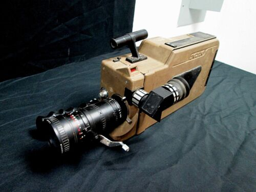 TGX-16 Model 400 16mm Sound Camera by GCC, Extremely Rare & collectible.
