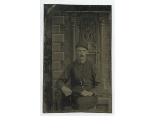 TINTYPE STUDIO PORTRAIT OF A YOUNG MAN W/ MUSTACHE   LIGHT COLORED EYES