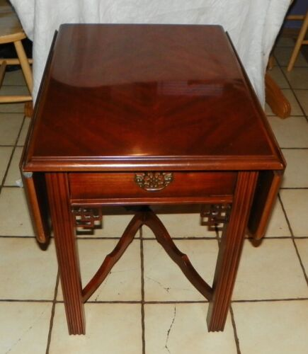Mid Century Lane Cherry Book Match Veneer Top  Dropleaf End Table  (T80)