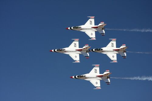 US AIR FORCE THUNDERBIRDS AT RENO JET AIRCRAFT POSTER PRINT 24x36 9MIL PAPER