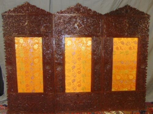 ANTIQUE HAND CARVED CHINESE CHANGING SCREEN W/ LOTUS FLOWERS