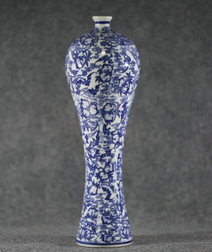 china made Exquisite Blue and white porcelain Painting Flowers Vase