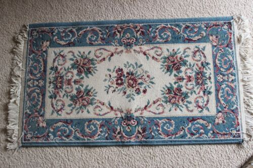 Lightly Distress Small Rug 40 x 23 inches