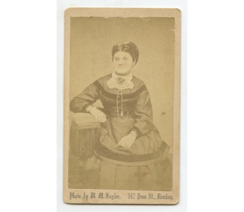CDV STUDIO PORTRAIT YOUNG LADY FROM READING, PA, BY SAYLOR