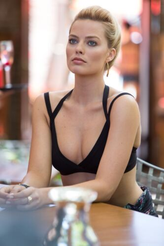 MARGOT ROBBIE  - MULTIPLE SIZES - Hot & Sexy Posters! #001