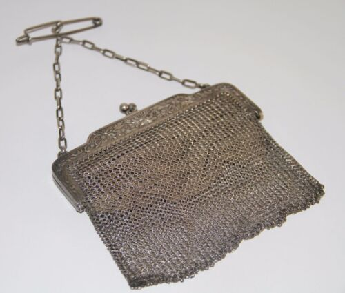 ART NOUVEAU BAG. SILVER AND LEATHER. 118 GR. SPAIN. EARLY 20th CENTURY