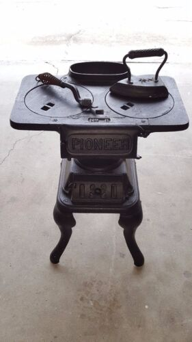 Antique Pioneer Cast Iron Wood Burning Pot Belly Stove Complete