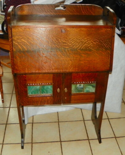 Solid Quartersawn Oak Arts & Crafts Dropfront Desk / Cabinet  (DR64)