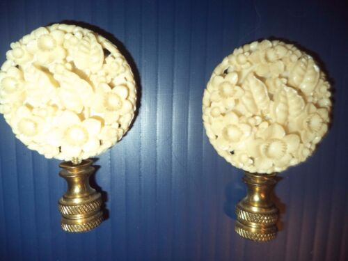 LAMP SHADE TOPPER ANTIQUE/VINTAGE CREAM FLOWERS & LEAVES (2)