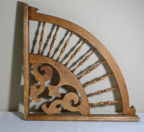 Victorian Style Spindle Fan Wood Bracket Gingerbread Large 18""
