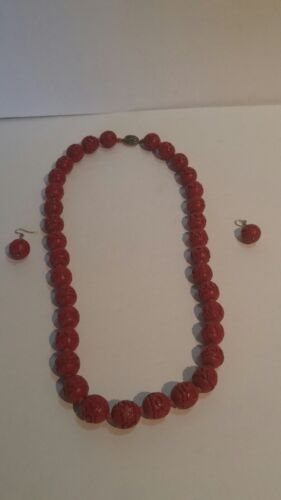VINTAGE CHINESE CINNABAR BEAD HAND CARVED Necklace & Earrings with Silver