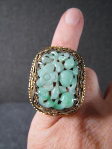 ANTIQUE CHINESE SERLING SILVER RING with CARVED JADE or JADITE STONE