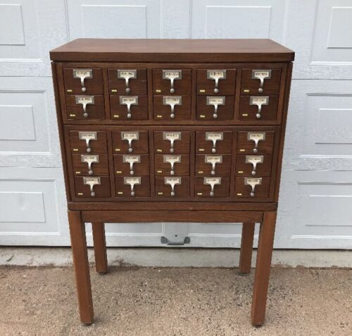 Vintage 25 Drawer Solid Wood Library Card Catalogue Cabinet, Beautiful Piece!